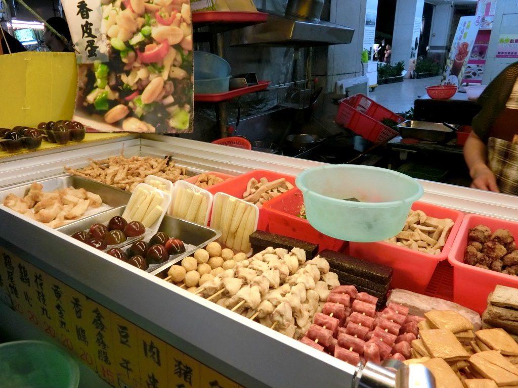 鹽酥雞(イエンスージー)の買い方を徹底攻略!一度食べればやみつき「揚げ物屋台」とは?