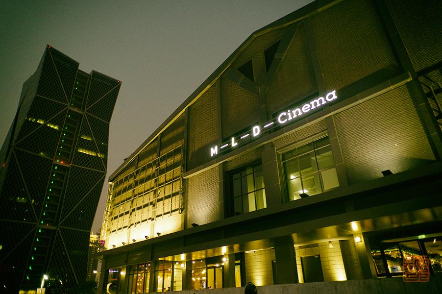 高雄・獅甲駅を街歩き。人気スポットが続々!工場のリノベ施設やポップなコンテナまで