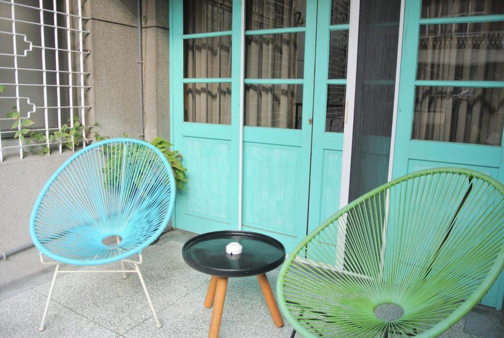 「同・居 With Inn Hostel」のバルコニー